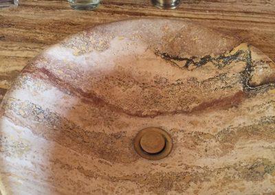 Lavabo de mármol sin agua