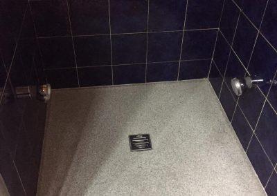 Plato de ducha de gratino