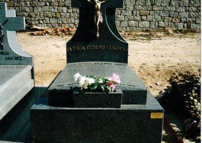 Lápida Labra