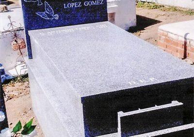 Lápida con gravado personalizado