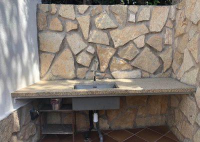 Lavabo exterior de granito